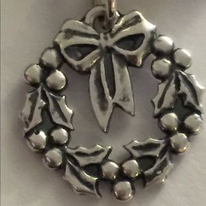 James Avery Sterling Holiday Wreath Charm